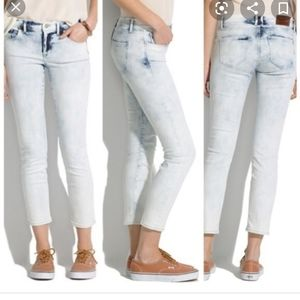 Madewell Acid Wash Zipper Ankle Jeans!